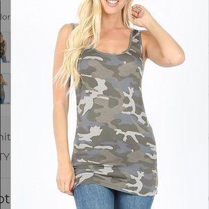 Dusty Camouflage Tank